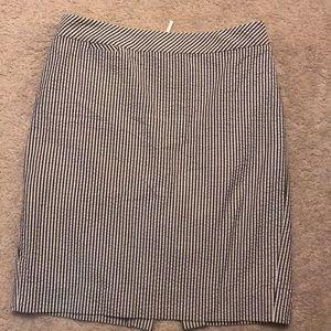 Jcrew navy seersucker pencil skirt- like new
